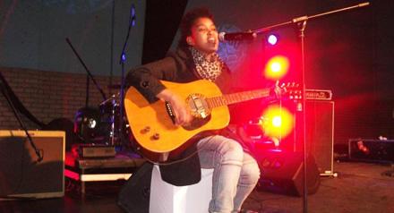 Berita is a vocalist