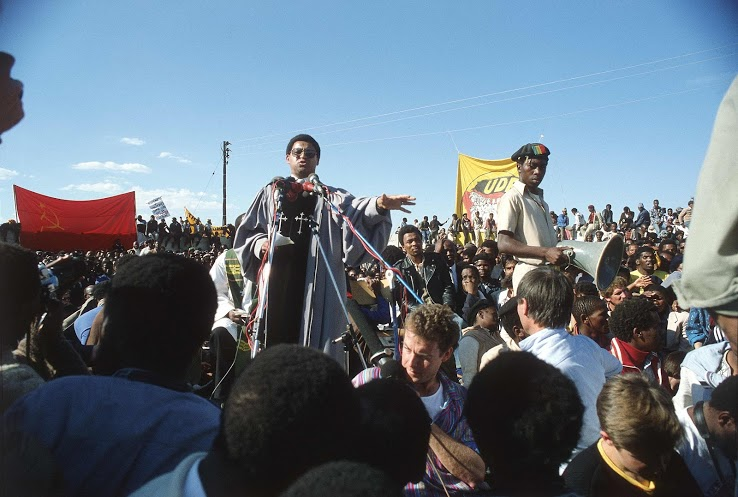 Rashid Lombard Photo. Dr Alan Boesak during the funeral of the Cradock Four, July 1985