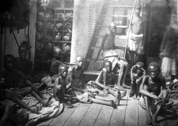 Starved-children-slaves-en-route-to-the-Americas-600x425
