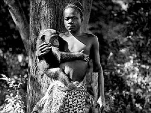 Congolese pygmy Ota Benga was on display at the Bronx Zoo in New York City in 1906. He was forced to carry around chimpanzees and other apes.